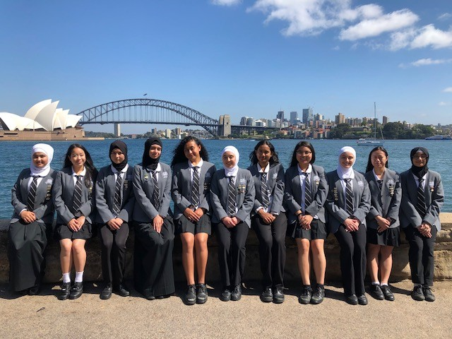 Group of students in front of the Sydney Opera House and Harbour Bridge